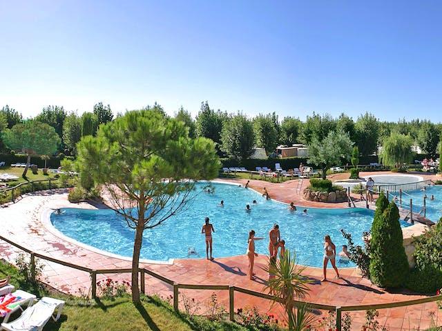 Buitenzwembad Camping Serignan Plage