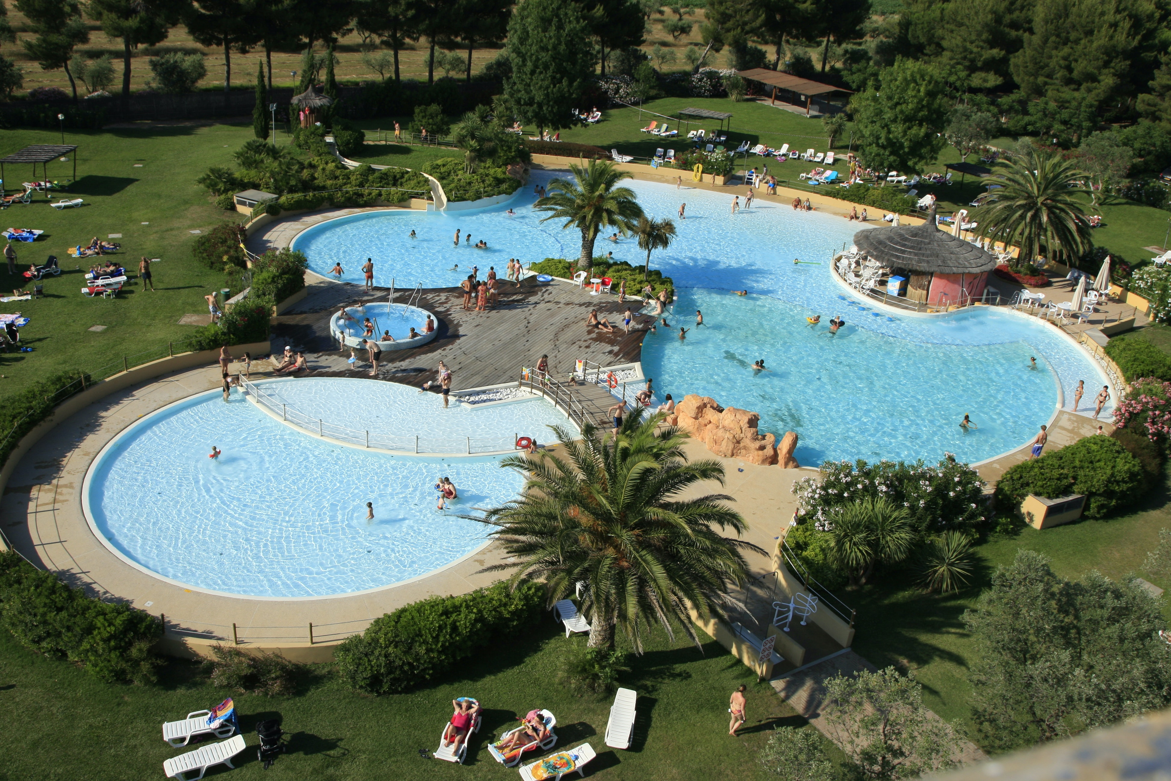 Zwembad camping Le Capanne