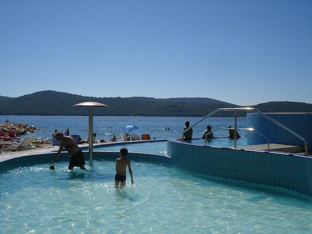 zwembad camping Solaris Beach Resort