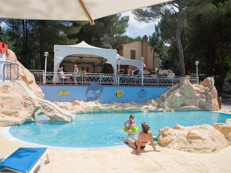 Zwembad camping Le Pianacce