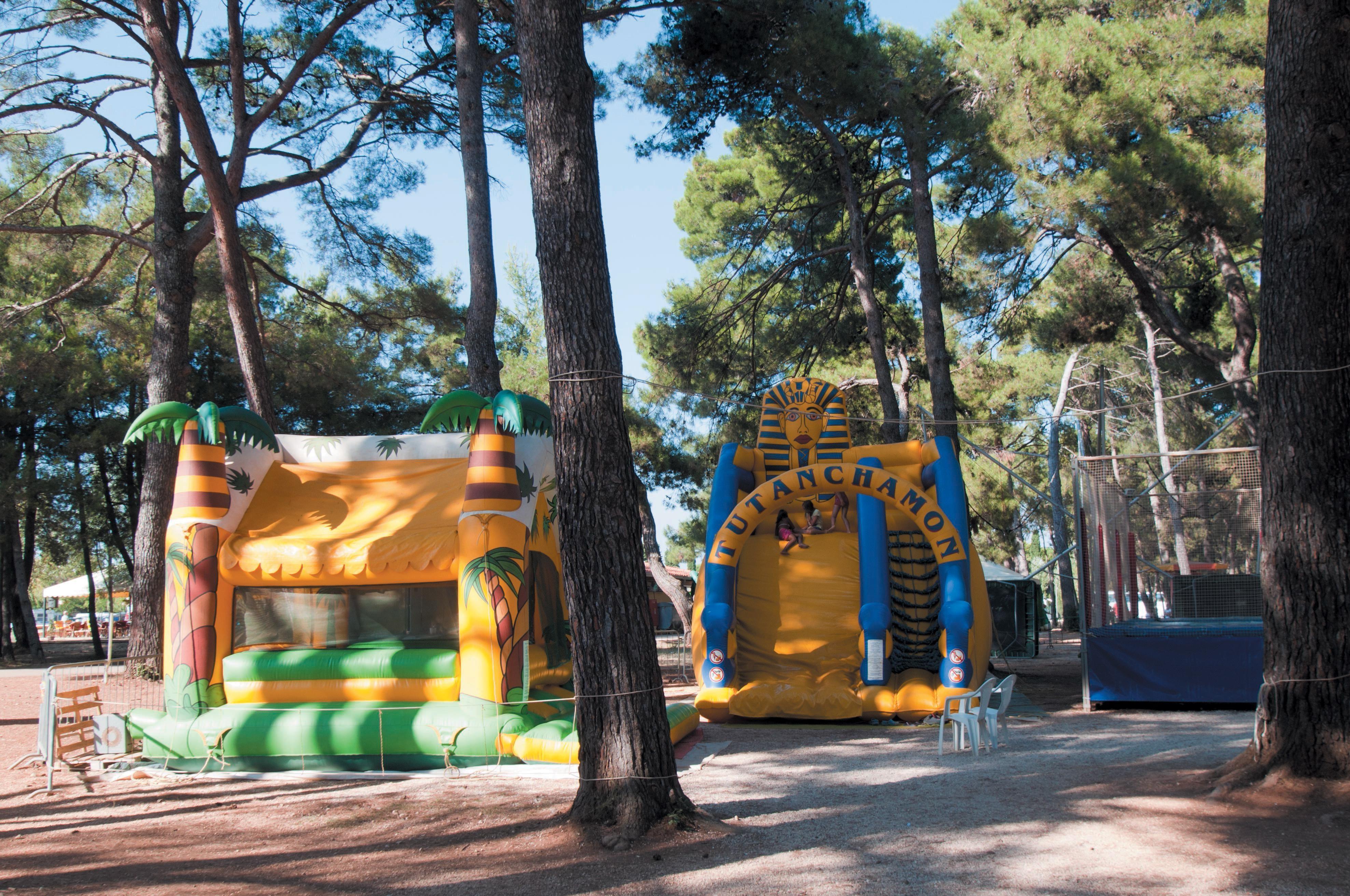 speeltuin camping Bi Village