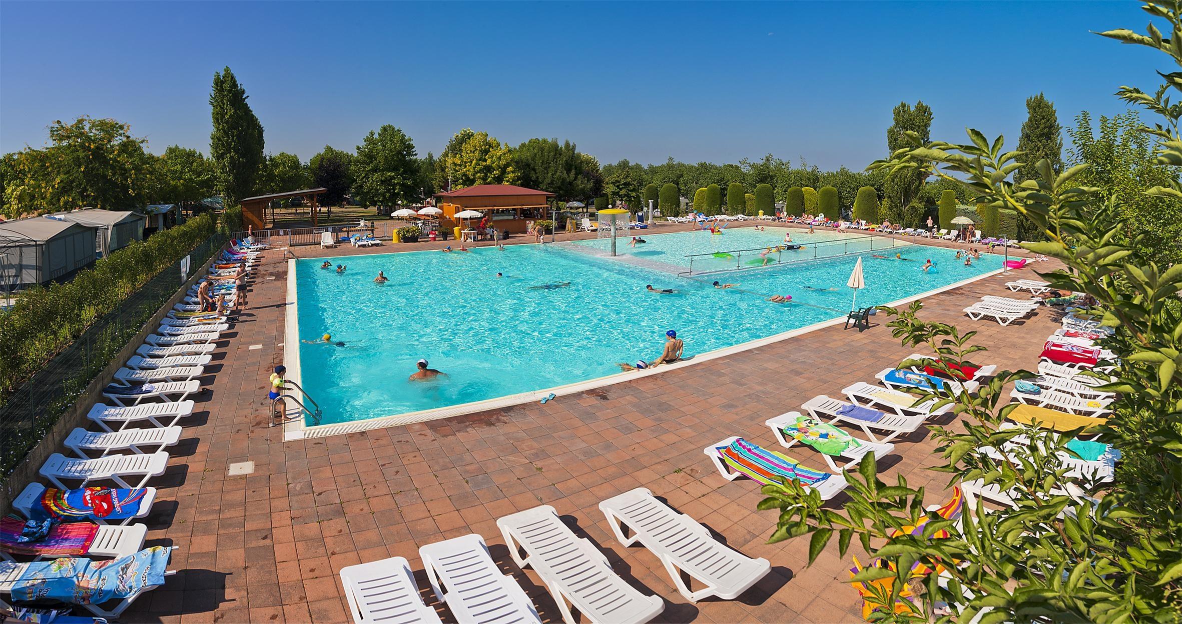 zwembad camping Eurocamping Pacengo