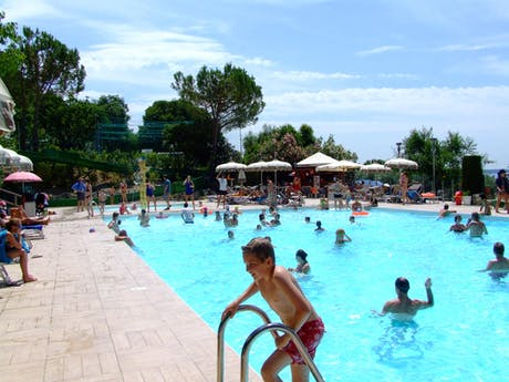 zwembad camping La Rocca