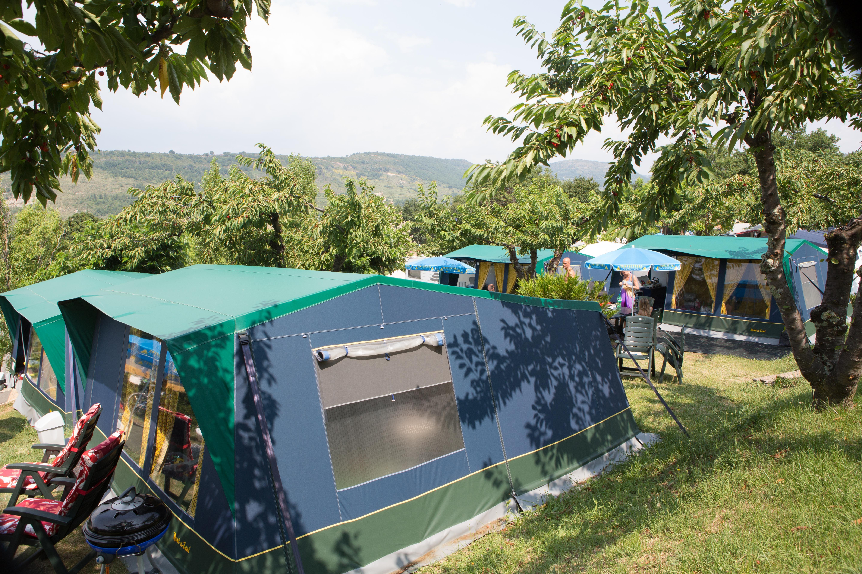 camping les Charmilles bungalowtent