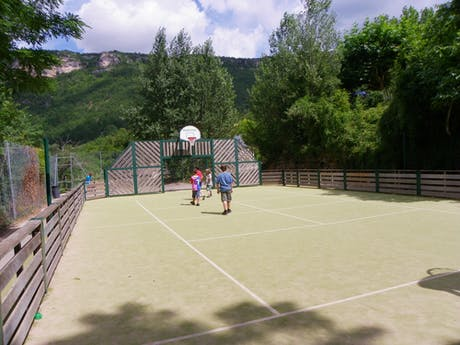 Multisportterrein camping Val de Cantobre