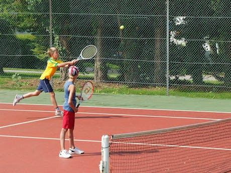 Tennis camping Chateau de Drancourt