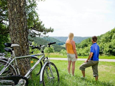 fietsen bij camping La Forge de St Marie