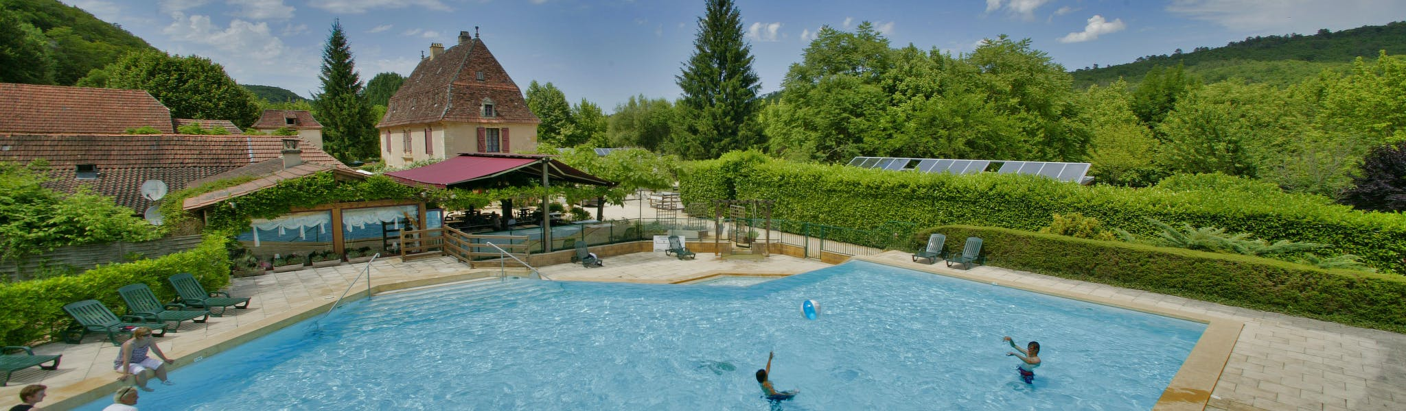 Zwembad Camping La Riviere