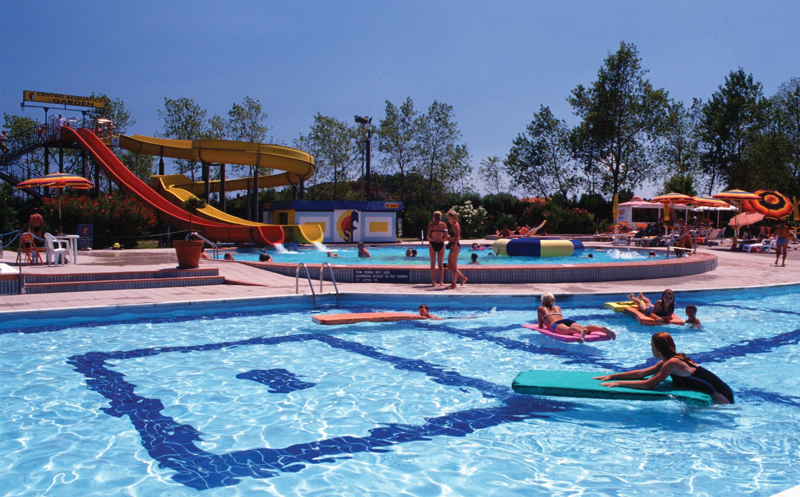 Zwembad camping San Francesco