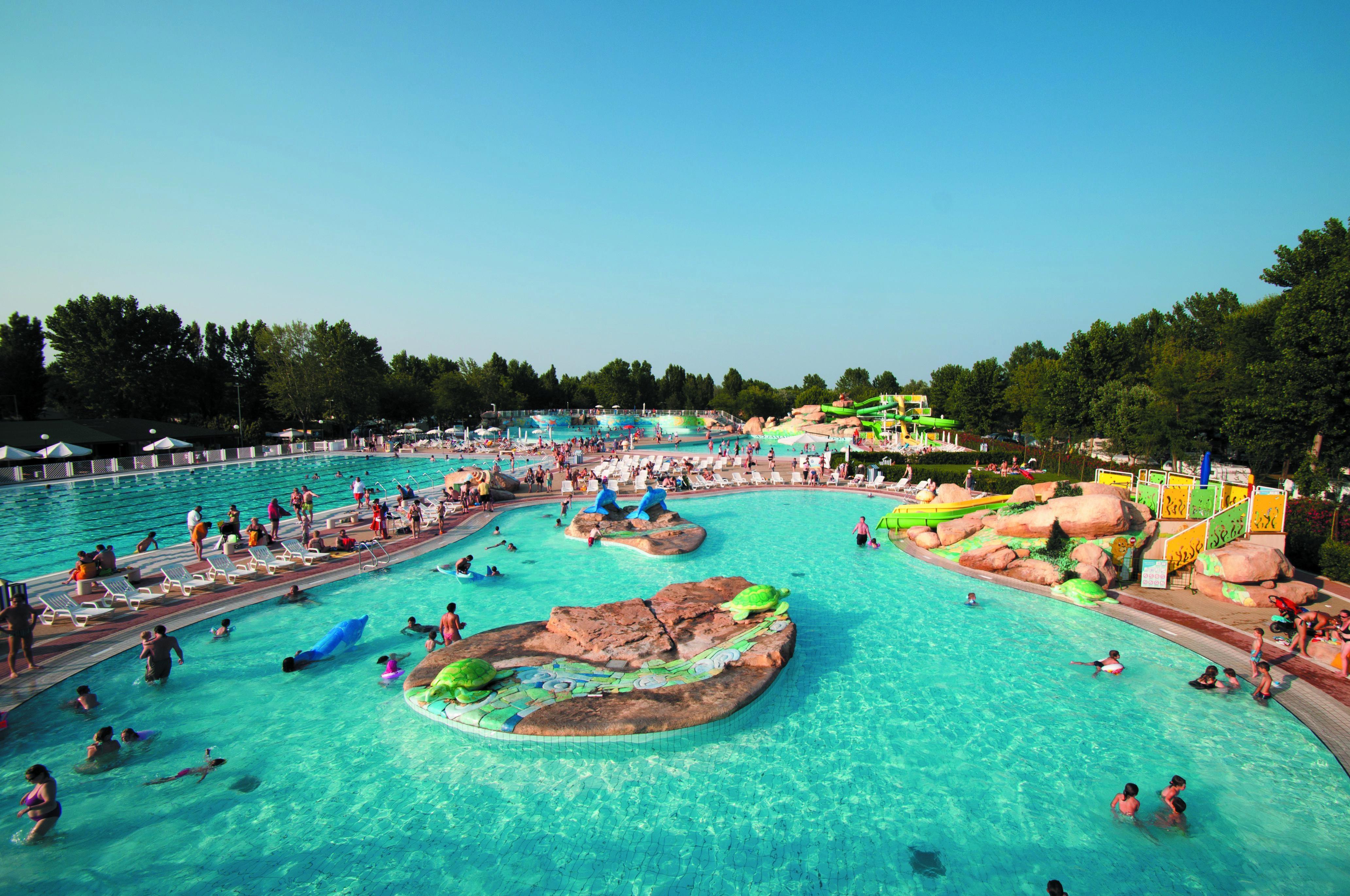 Zwembad Overzicht Camping Marina di Venezia