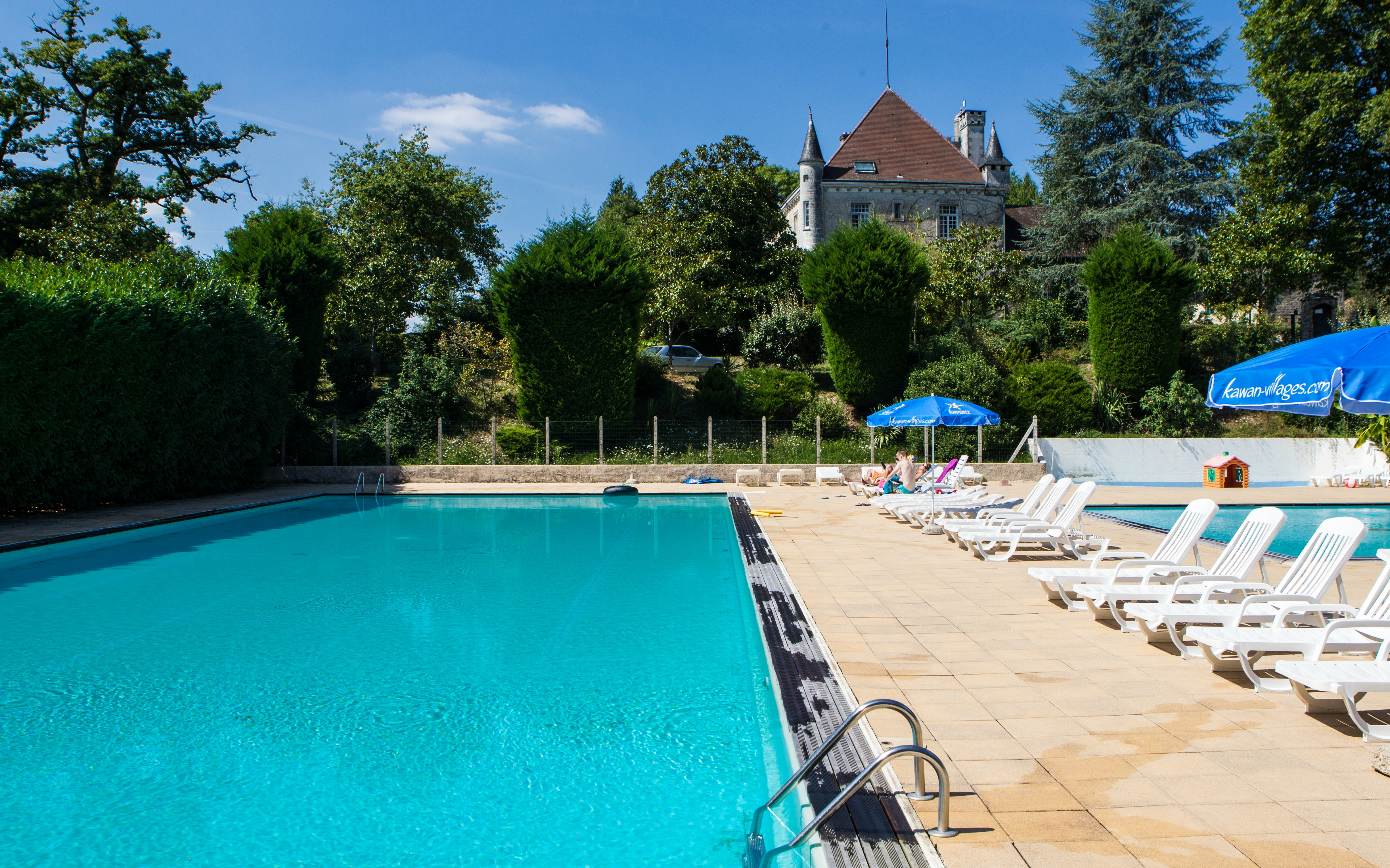 Zwembad camping Chateau le Verdoyer