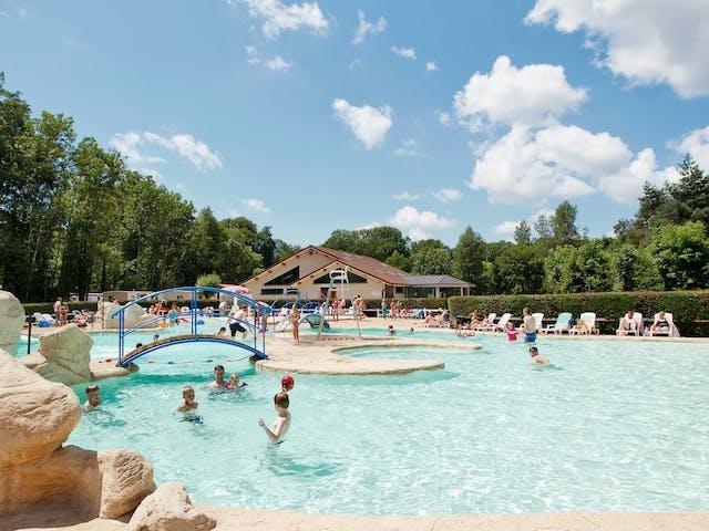 Zwembad camping Val de Bonnal
