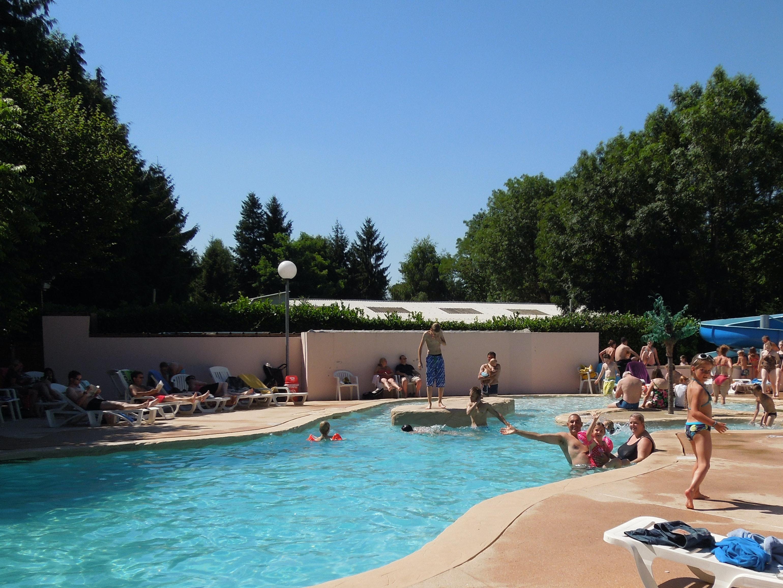 zwembad camping Les Etangs Fleuris