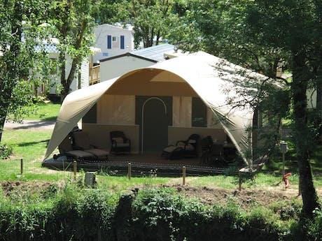 Grand Lodgetent camping Val de Bonnal