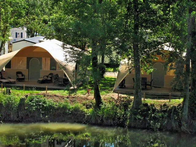 Grand Lodgetenten camping Val de Bonnal plaat