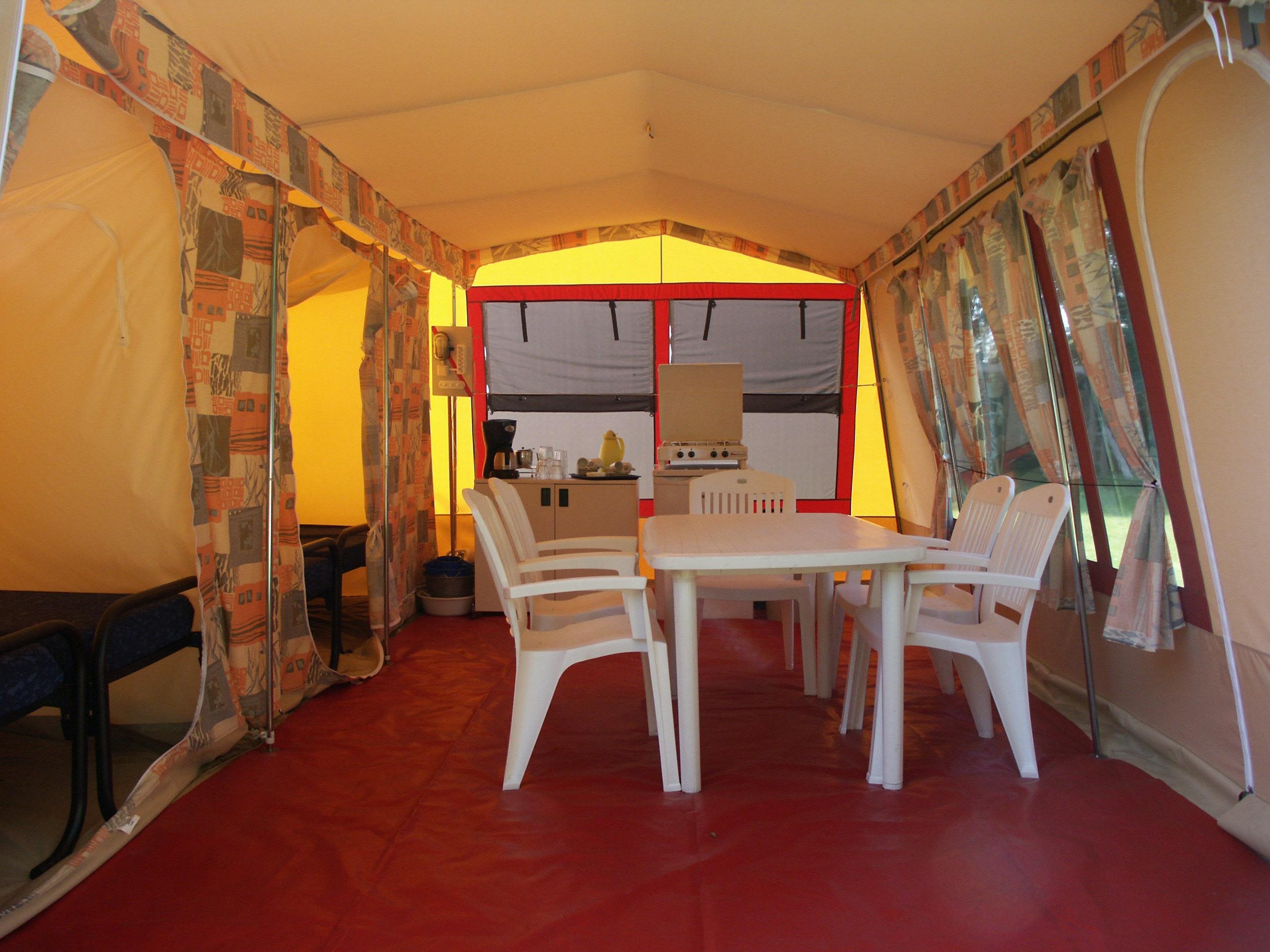 Voorbeeld interieur Bungalowtent Rent-a-Tent