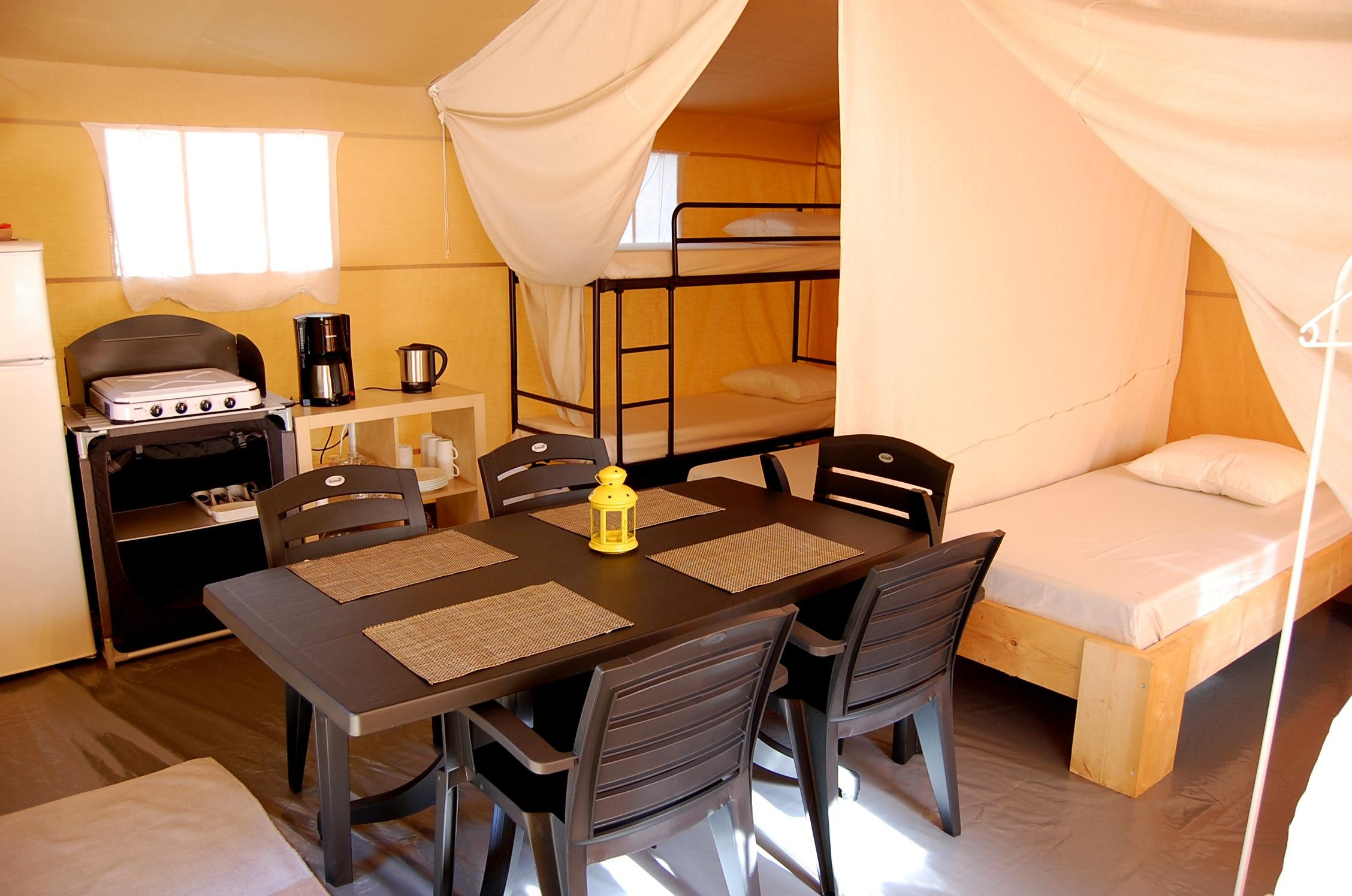 safaritent-rent-a-tent-taupe