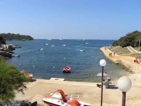 Baai bij camping Porto Sole