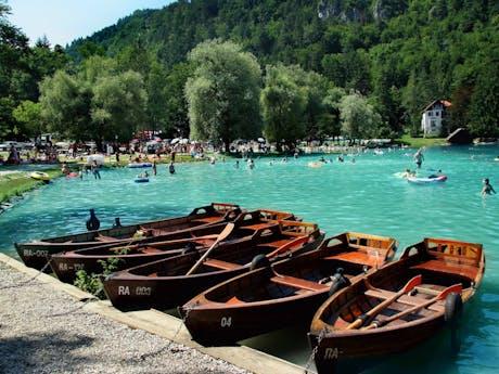 Boten op meer van Bled