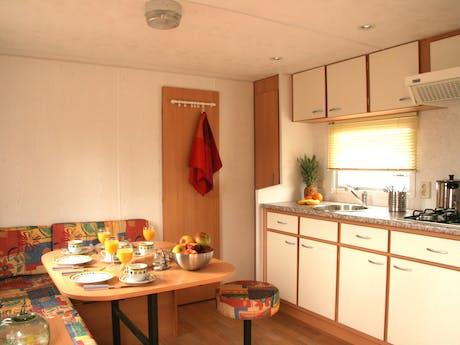 Stacaravan Lime keuken interieur