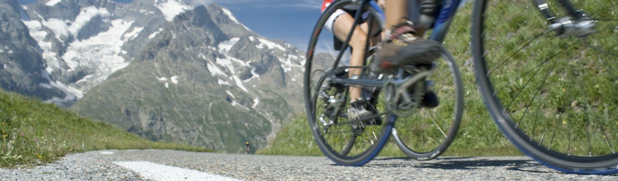wielrennen in de Alpen