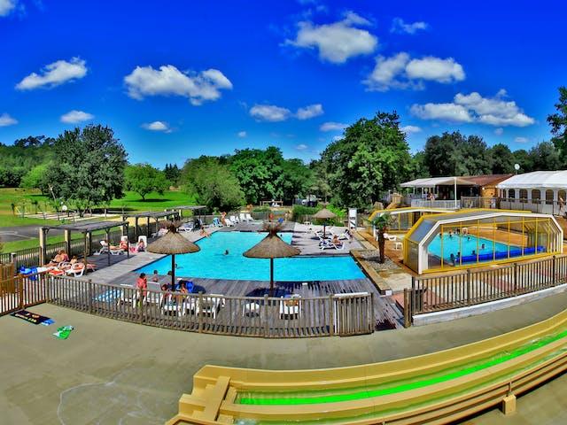 zwembad domaine des chenes verts