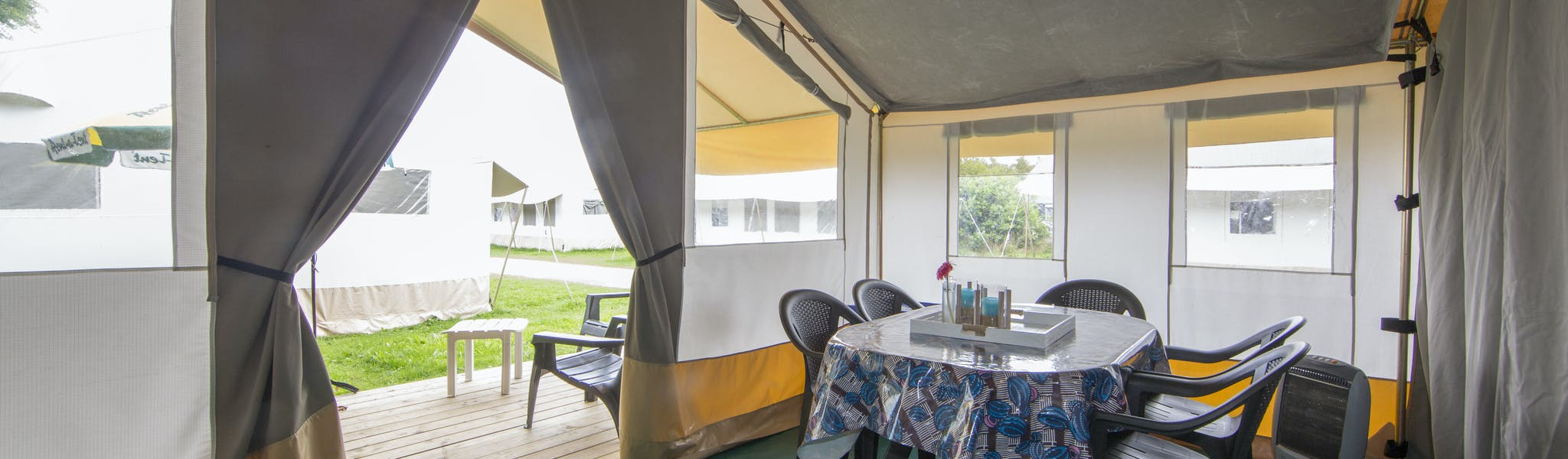 Safaritent Caramel Bon Port interieur