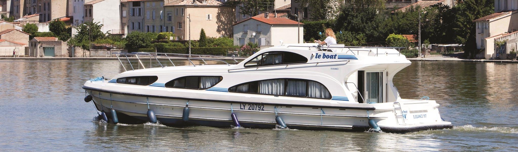 Elegance boot leboat