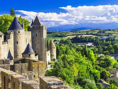 La Cite carcassonne vaar canal du midi