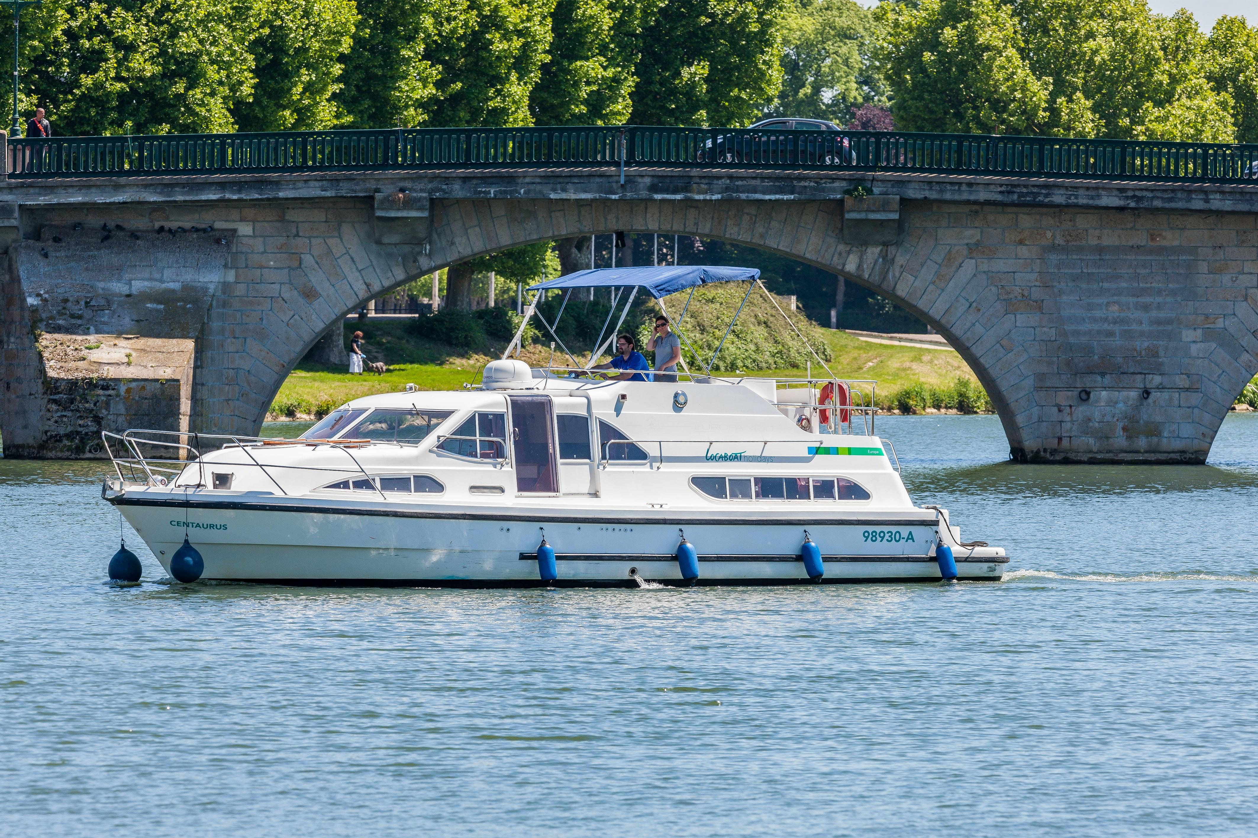 Locaboat Europa 400