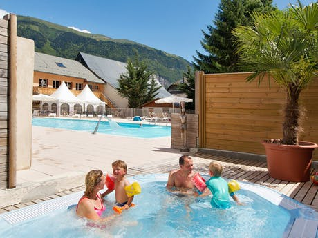 Camping Chateau de Rochetaillee