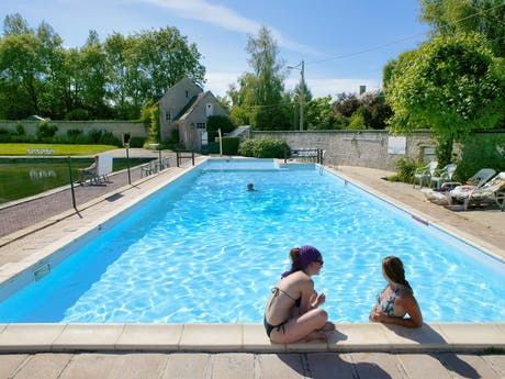 Zwembad camping Chateau de Martragny