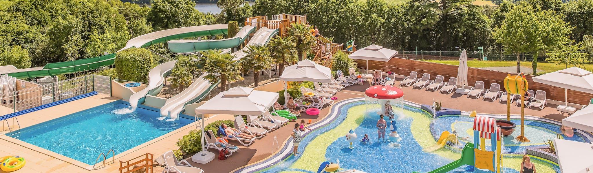 Camping Le Pin Parasol zwembaden drone foto