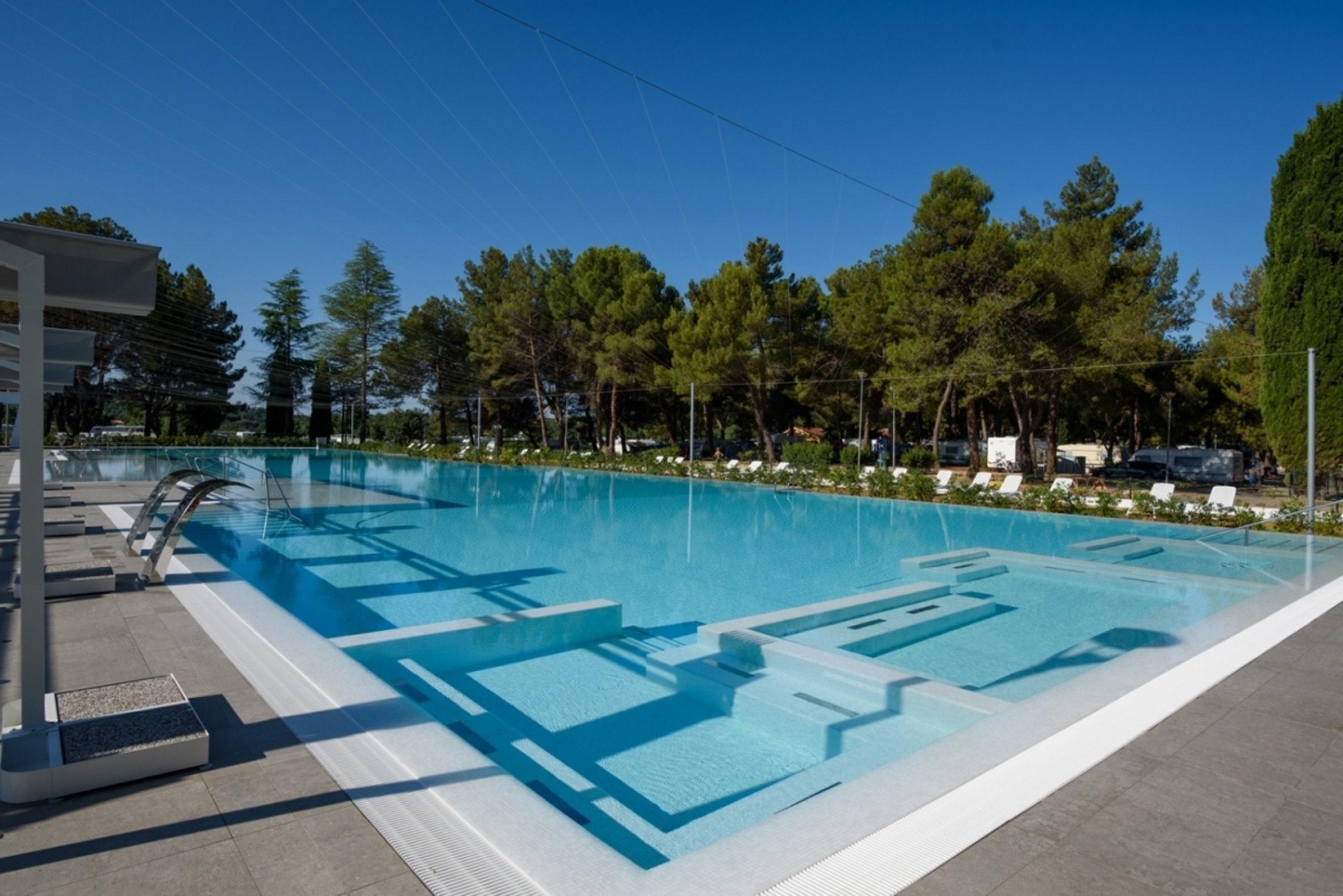 Zwembad Camping Valkanela