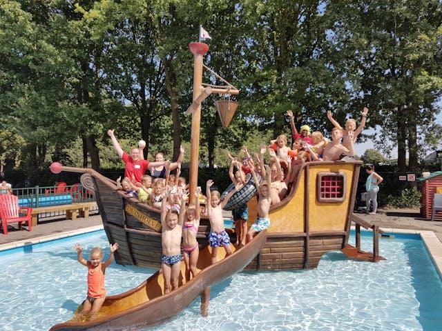 Camping Duinhoeve piratenschip