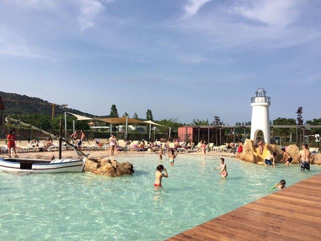 Tropisch zwembad camping Valldaro