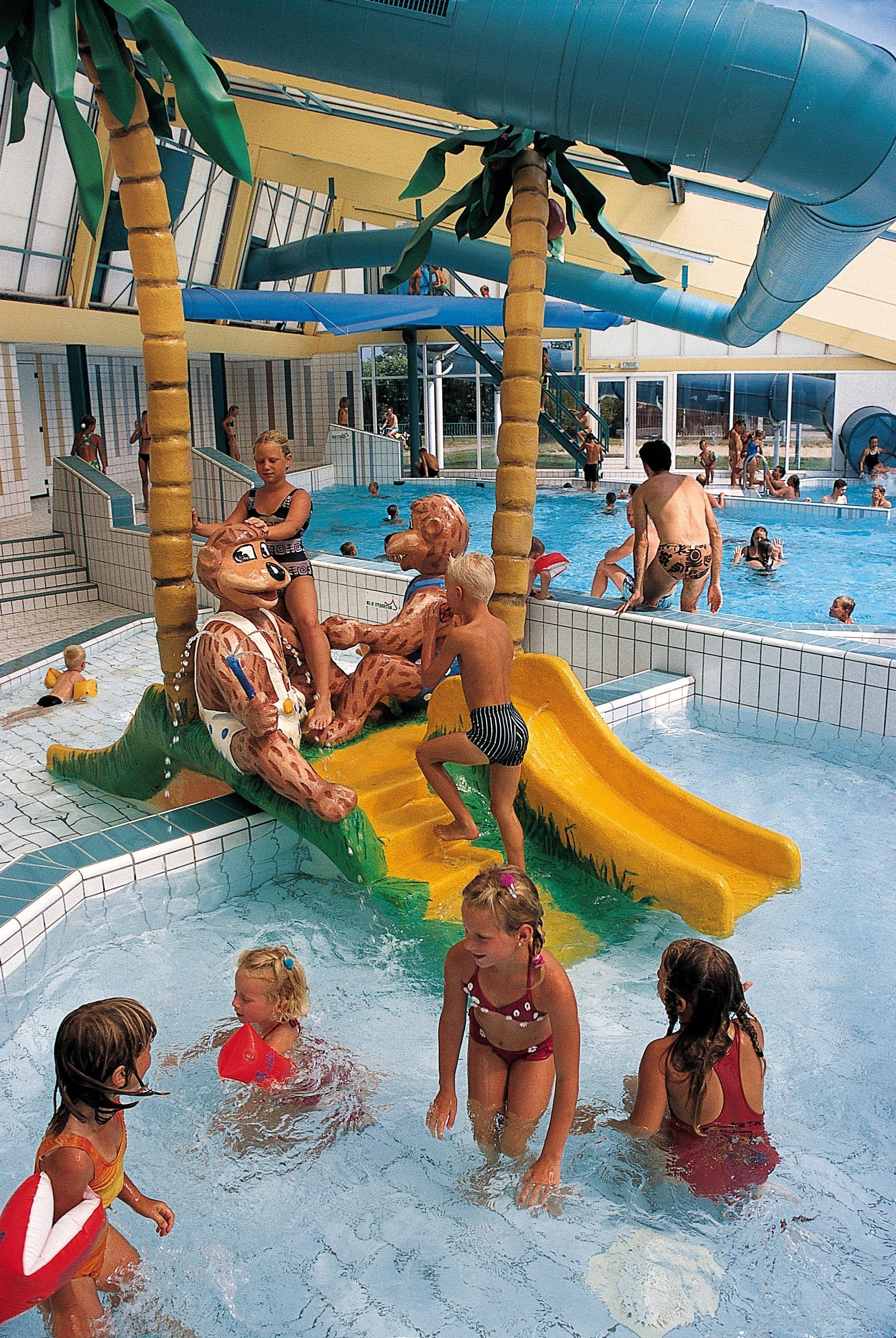 Camping Callassande speeltoestel zwembad