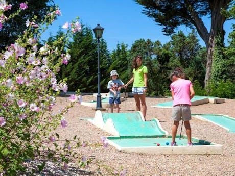 Yelloh camping La Foret minigolfbaan