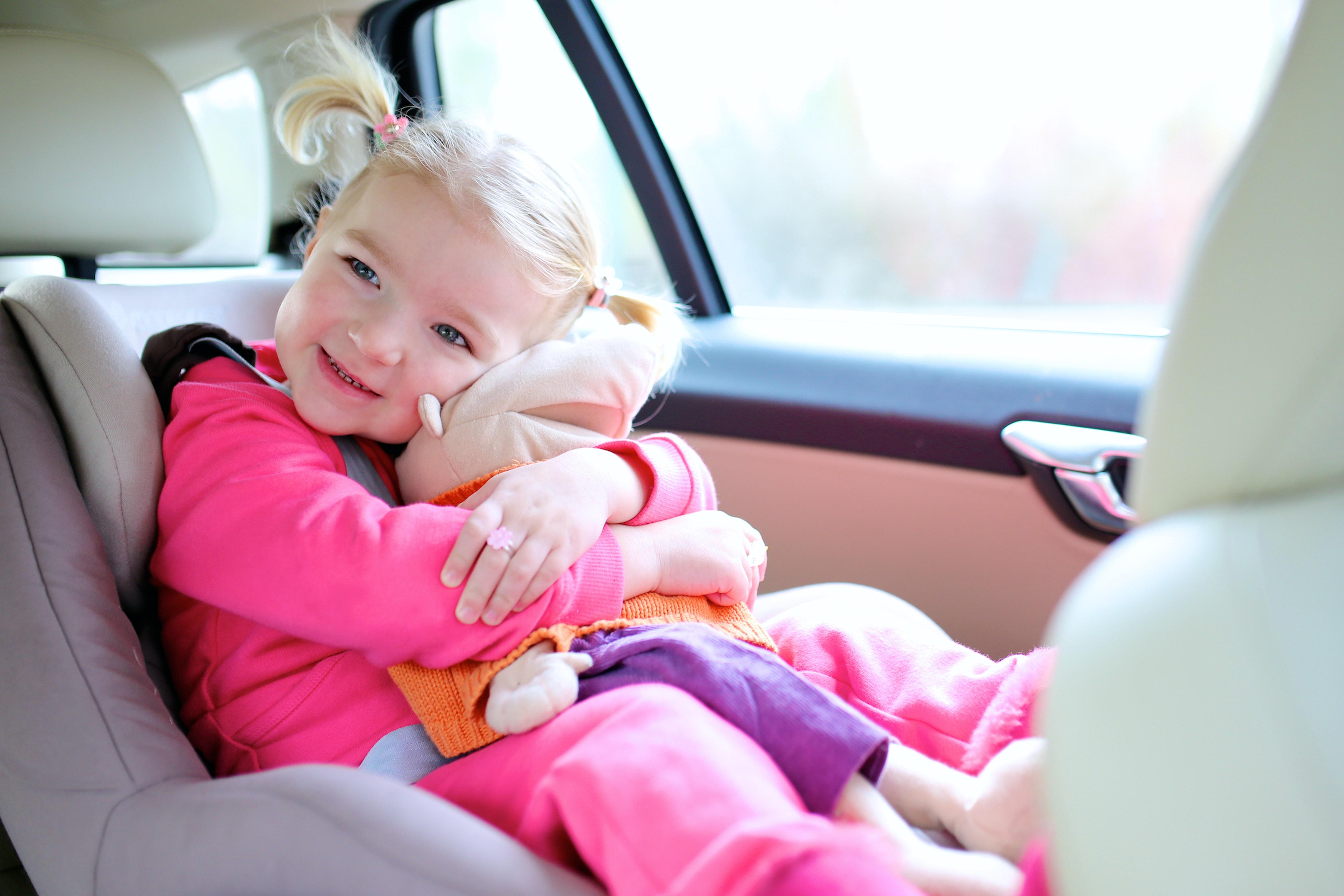 kind in auto ViaLora