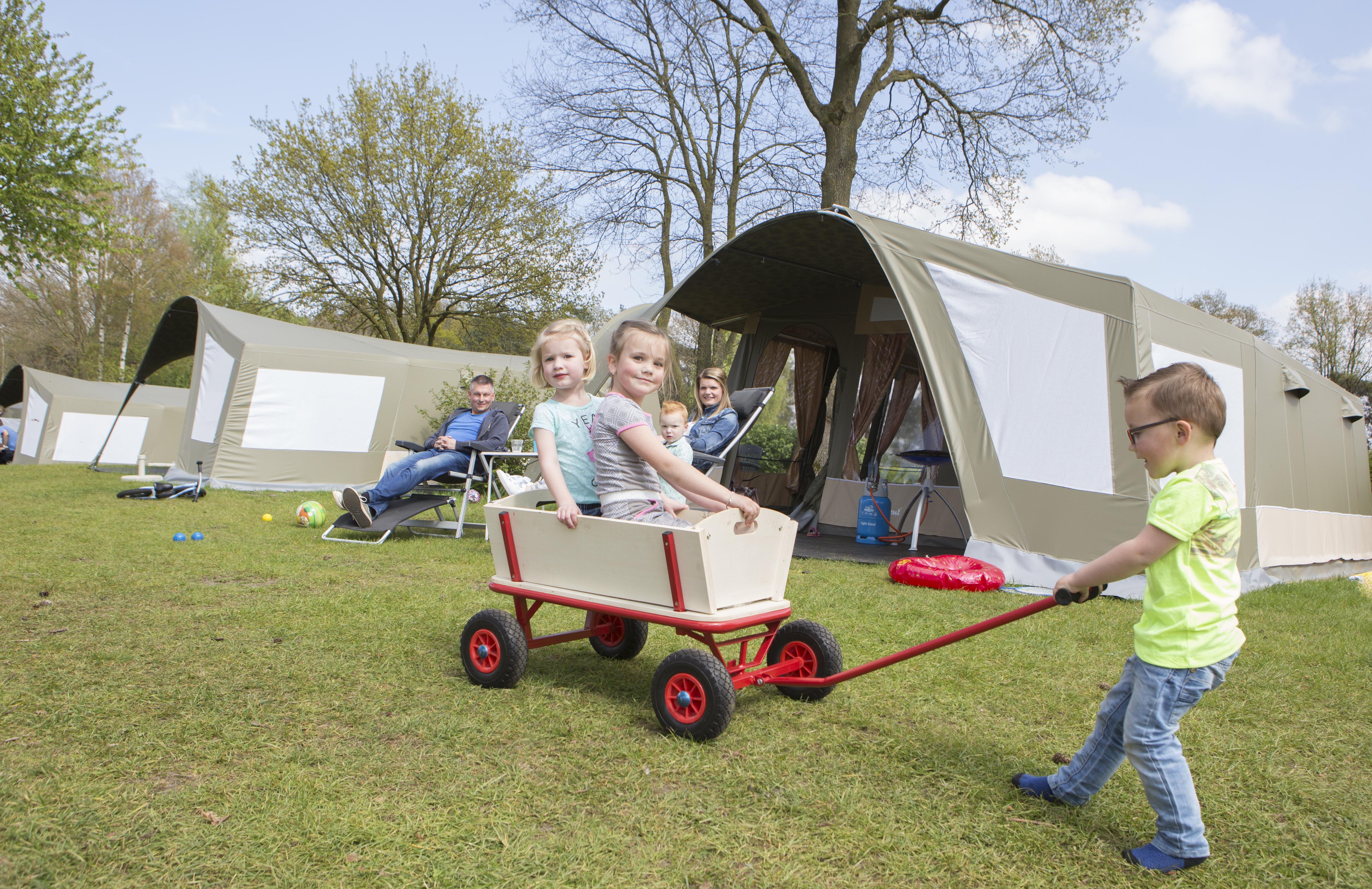 Camping Kings bungalowtent of GlamLodge tent huren | Rent