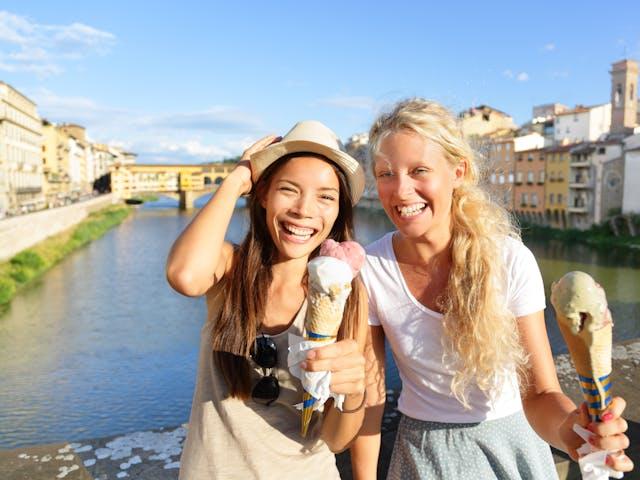 Venetie Italie - ijsje eten