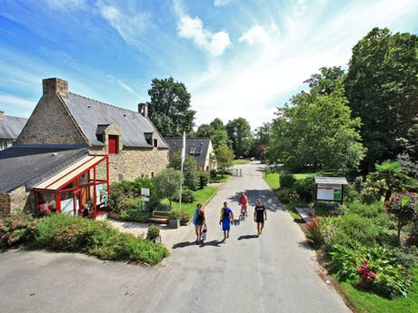 Chateau le Galinee wandeling op camping