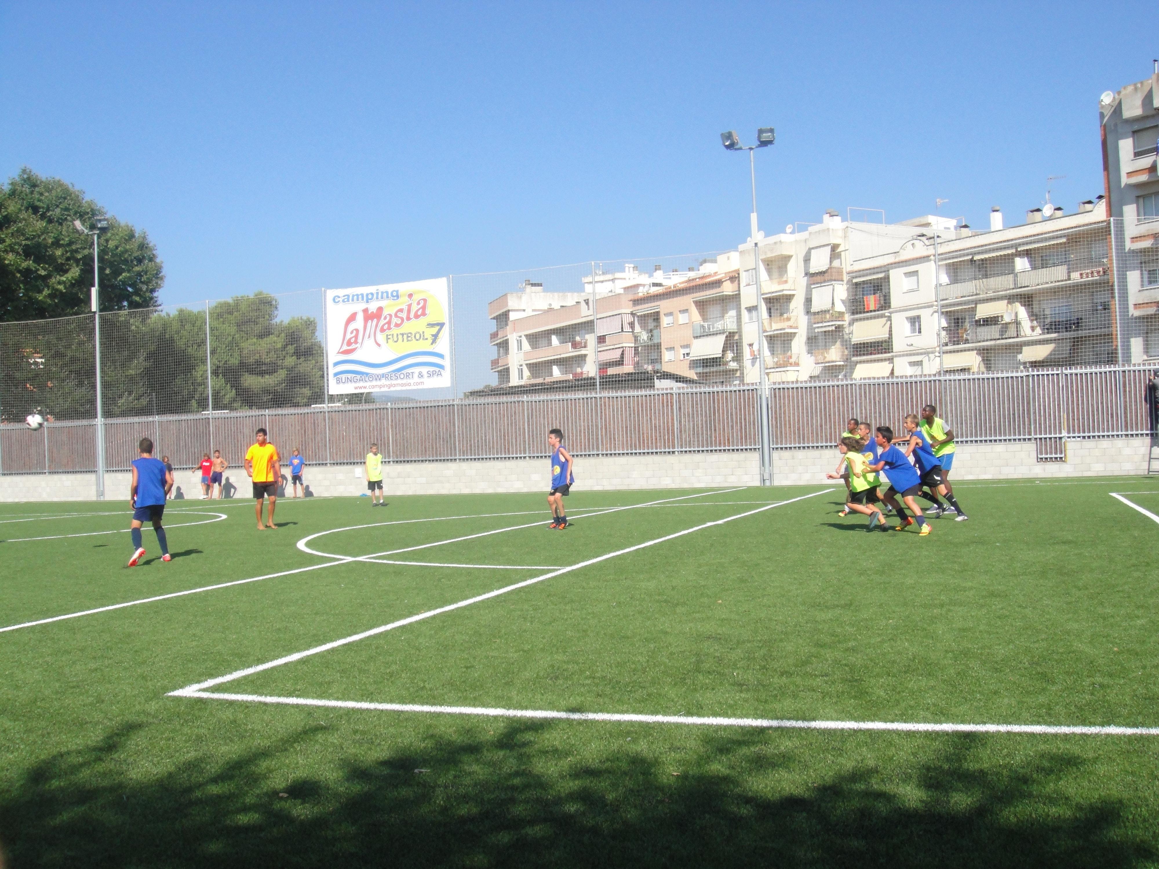 Camping La Masia kunstgras voetbalveld
