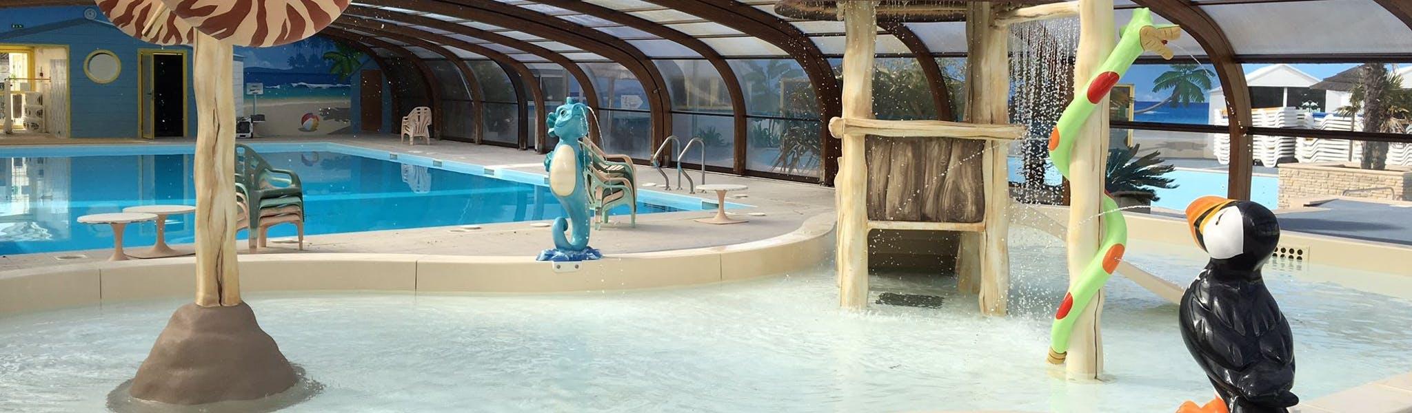 binnenzwembad Loisirs