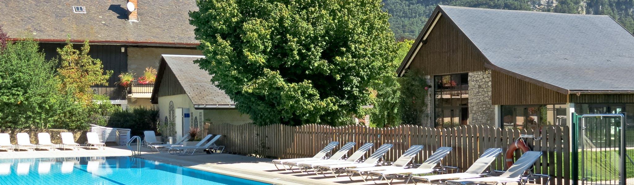 Camping la Ferme de Serraz zwembad