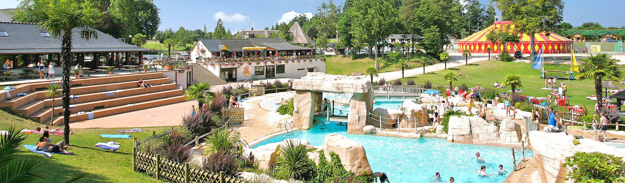 Camping Domaine des Ormes zwempa