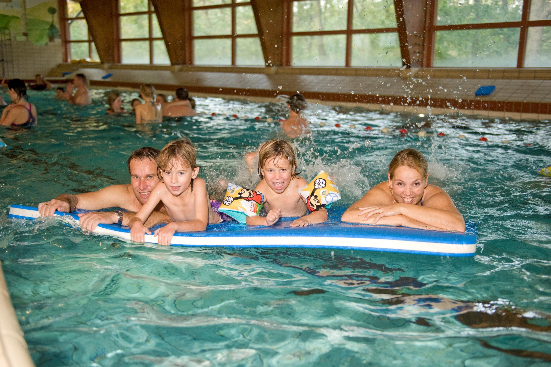Camping Roompot Kijkduinpark binnenzwembad