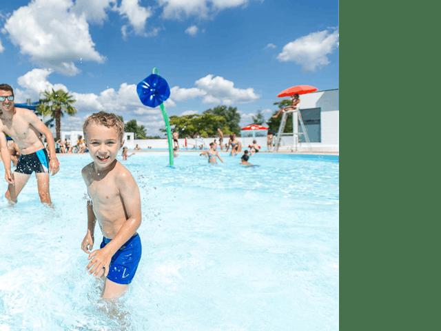 La Plain Tonique speelplezier in zwembad