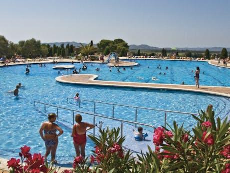 zwembad 2 Montgri