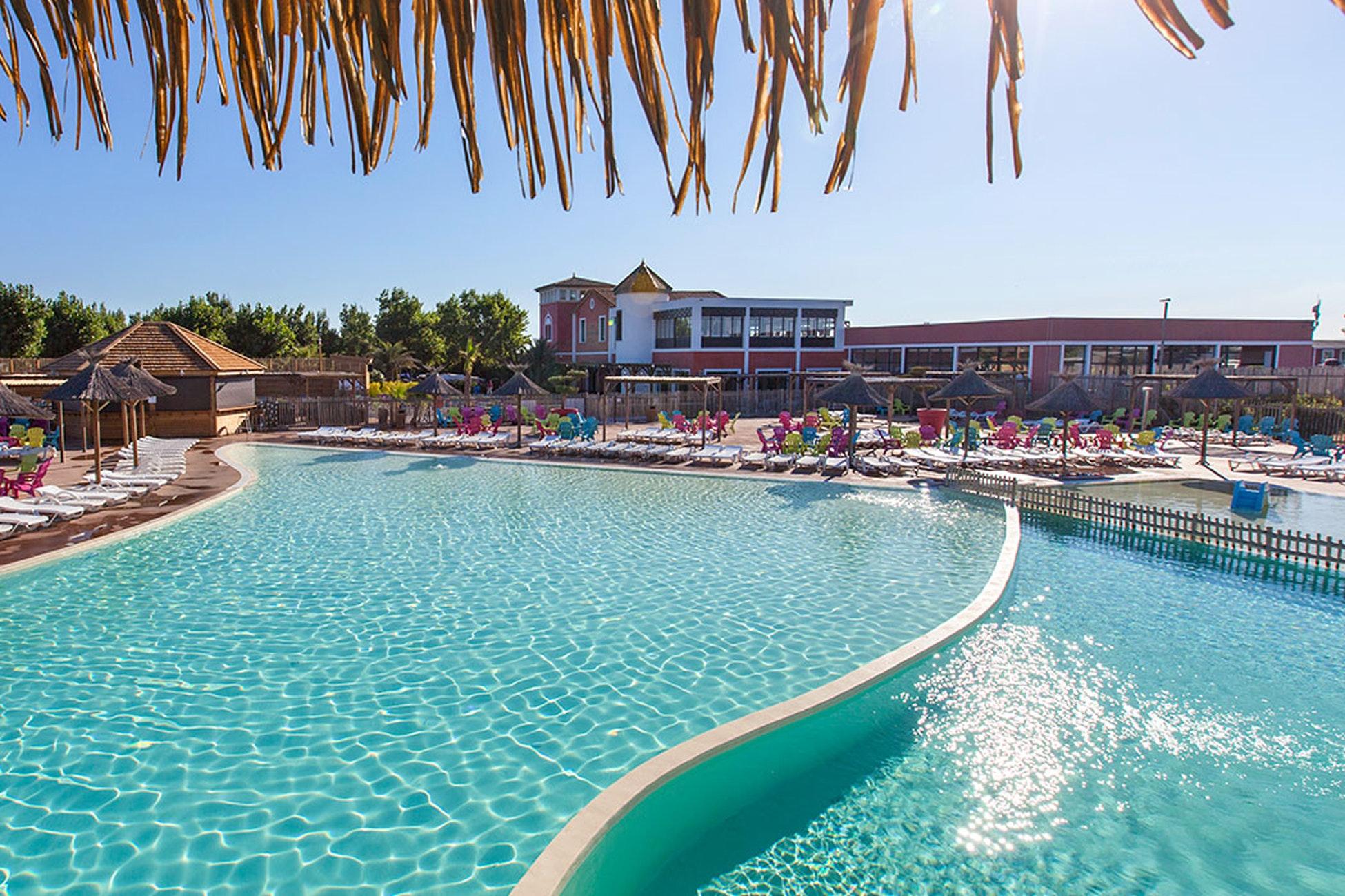 Zwembad Mediterranees Beach Garden